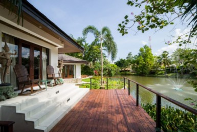 Elegant 5BR Villa with Lake View ID.18SU5180 8