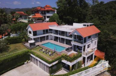 Magnificent 6 Bedroom Villa ID.17CY6101 9