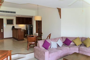 1 Bedroom Apartment with Golf View ID. 20LG108 11